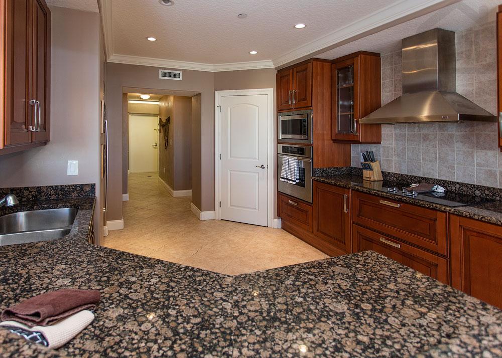palma bella 401 kitchen