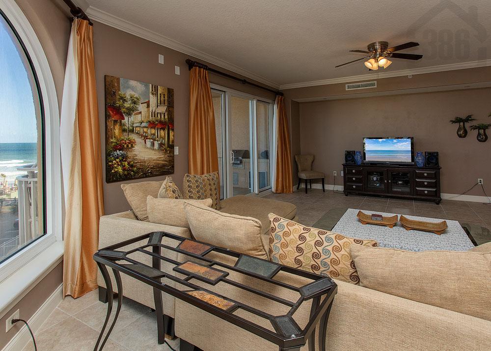 palma bella 401 living room