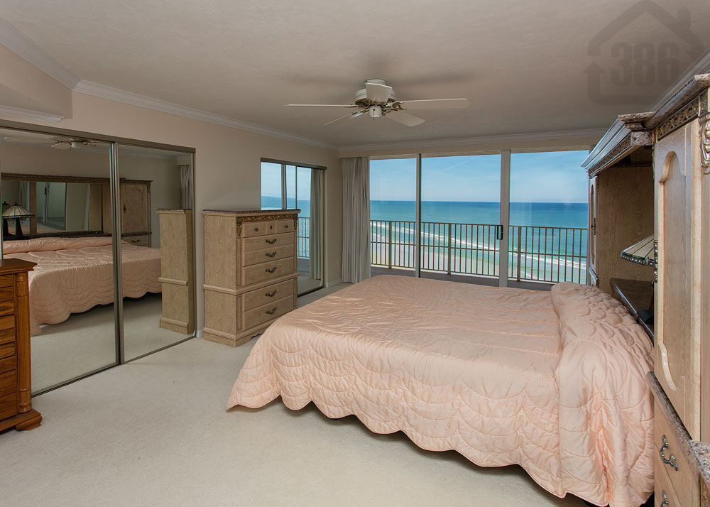 four bedroom oceanfront condo for sale at peninsula in daytona beach shores. Black Bedroom Furniture Sets. Home Design Ideas