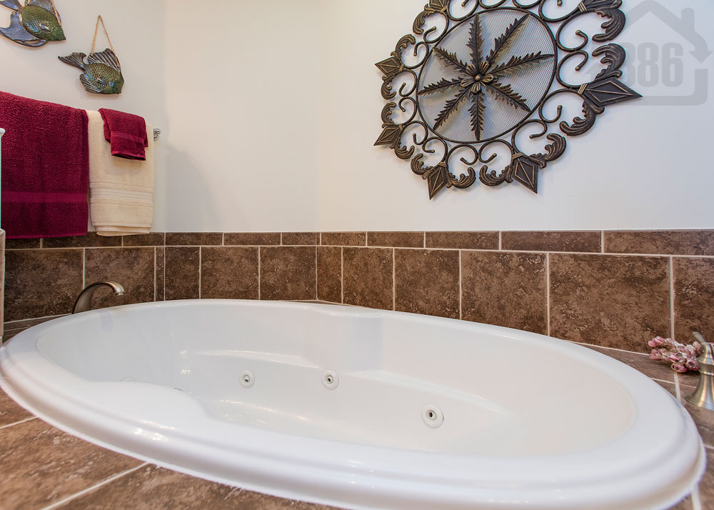 bella vista 608 tub