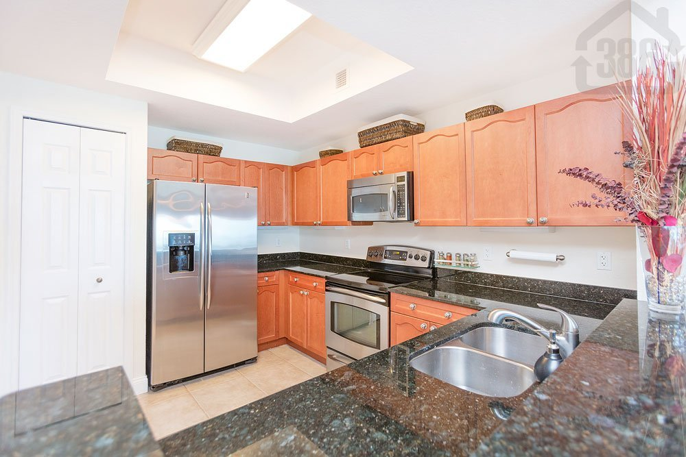 oceans grand 1107 kitchen
