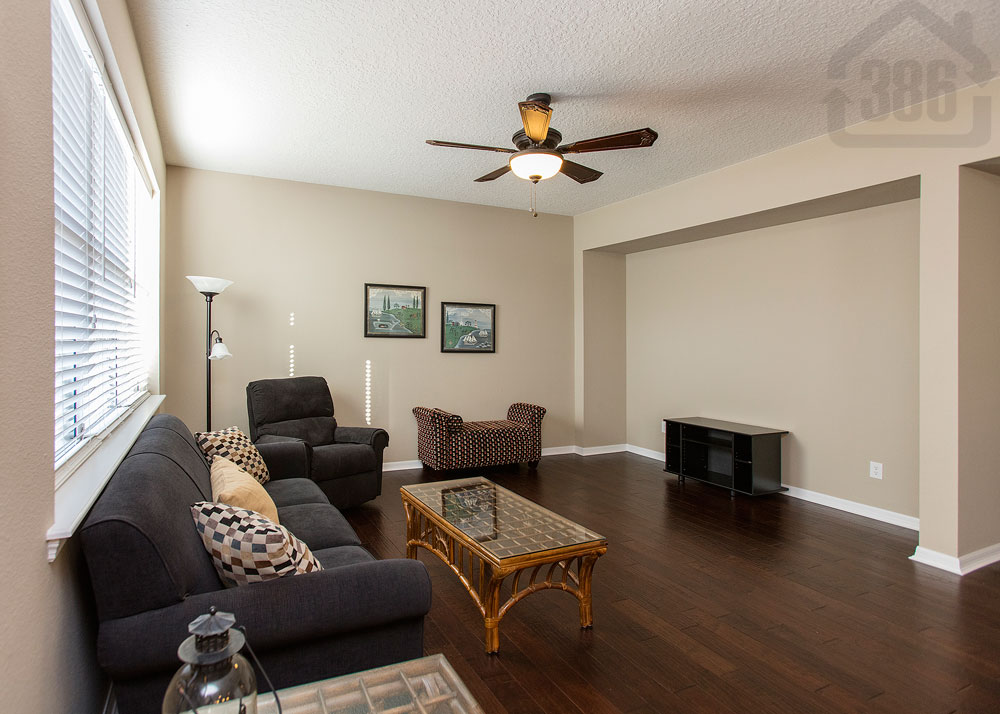 3354 pegaso living room