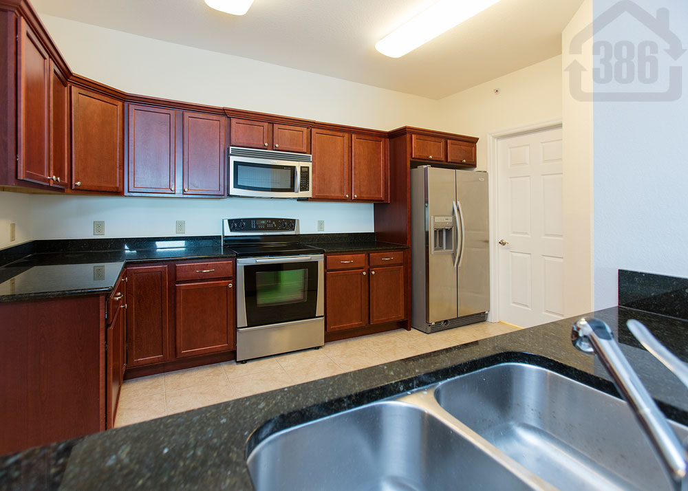 halifax landing 1204 kitchen